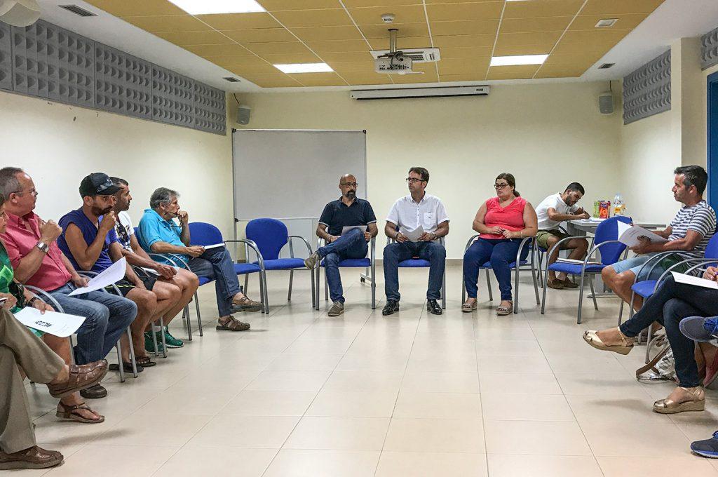Ayuntamiento, vecinos y colectivos debaten ideas de cara a las próximas Fiestas Lustrales